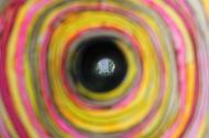 03_look-through-hole-03